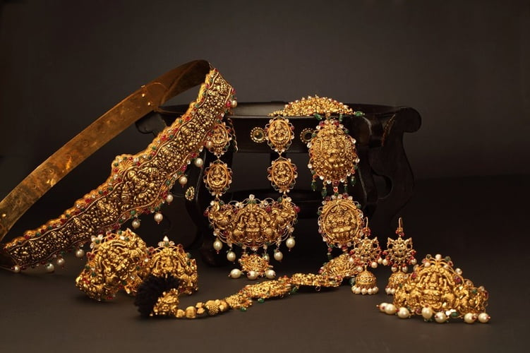 What are the things consider buying south Indian jewelers?