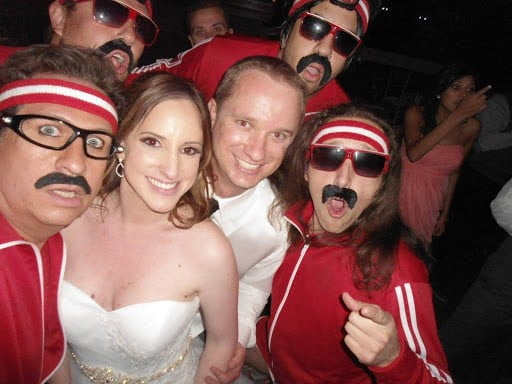 Book Los Angeles Wedding Entertainment for Any Wedding Theme   Helpful Guide