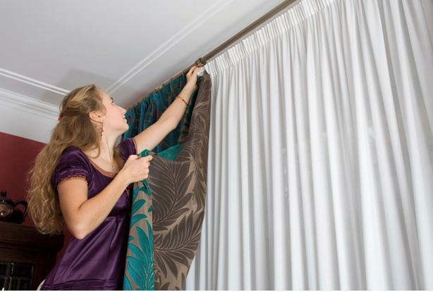 10 Steps to Install the Curtains in Your Window