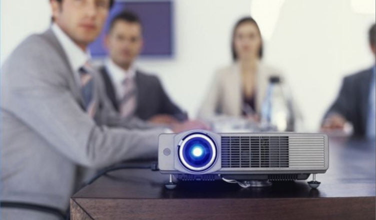 10 Things to Consider When You Hire the Best Projector